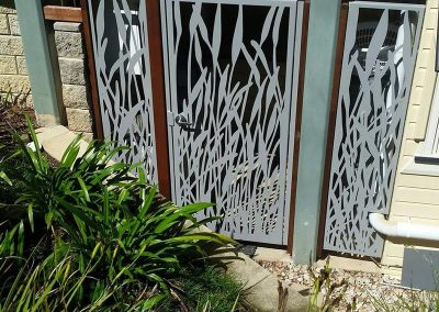 Urban-Metal-Dorrs-Gates-Fences-Screens--Design-Reeds--(2)
