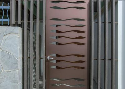 Urban-Metal---Privacy-Screen-and-Entry-Gate-(4)